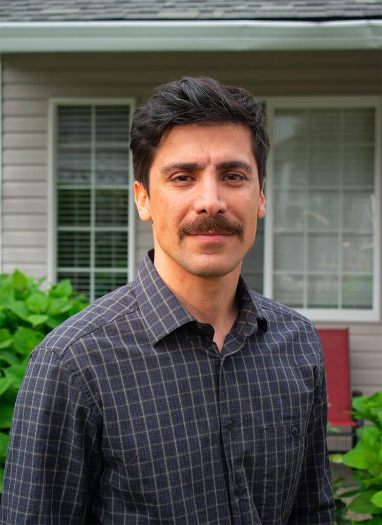 Hamed Ghaheri, owner and inspector